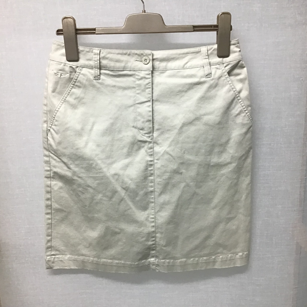 R.M. Williams, Beige skirt, Size 10 - 12