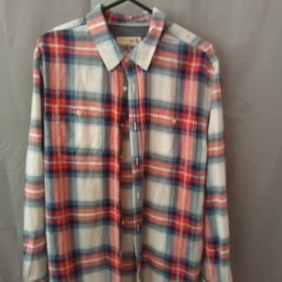 Jeans West Mens Red/Blue Check Shirt Size XL UAN