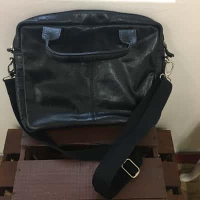 Royal Class Men's satchel