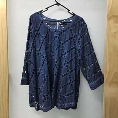 Nouvelle Woman, Navy blue lace tunic with cami, Size 18 - 20, NWT, RRP $149