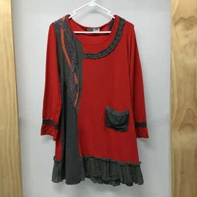 Cafe Latte, Red and grey long sleeve top, Size L