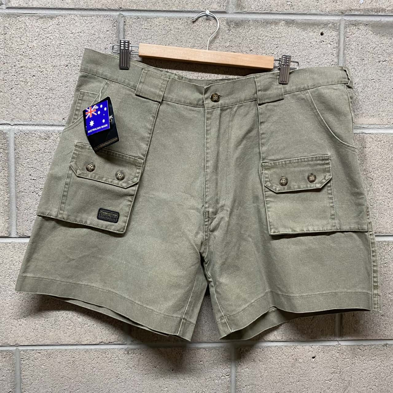 Thomas Cook Mens  Shorts Size 38 Green/ Khaki BNWT