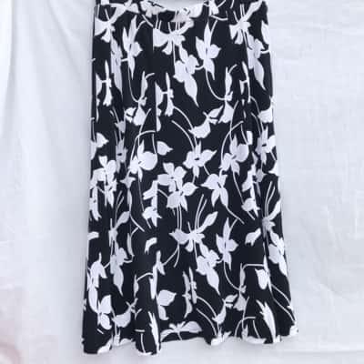 Noni B Midi Puff print skirt