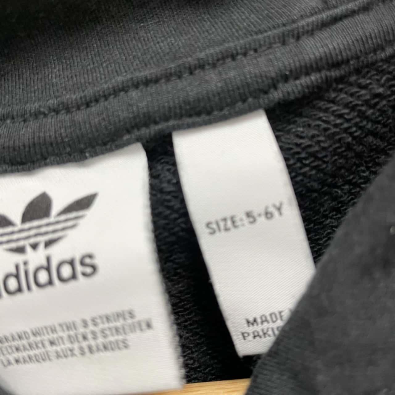 ADIDAS Kids Tracksuit Size 5-6 Black /White