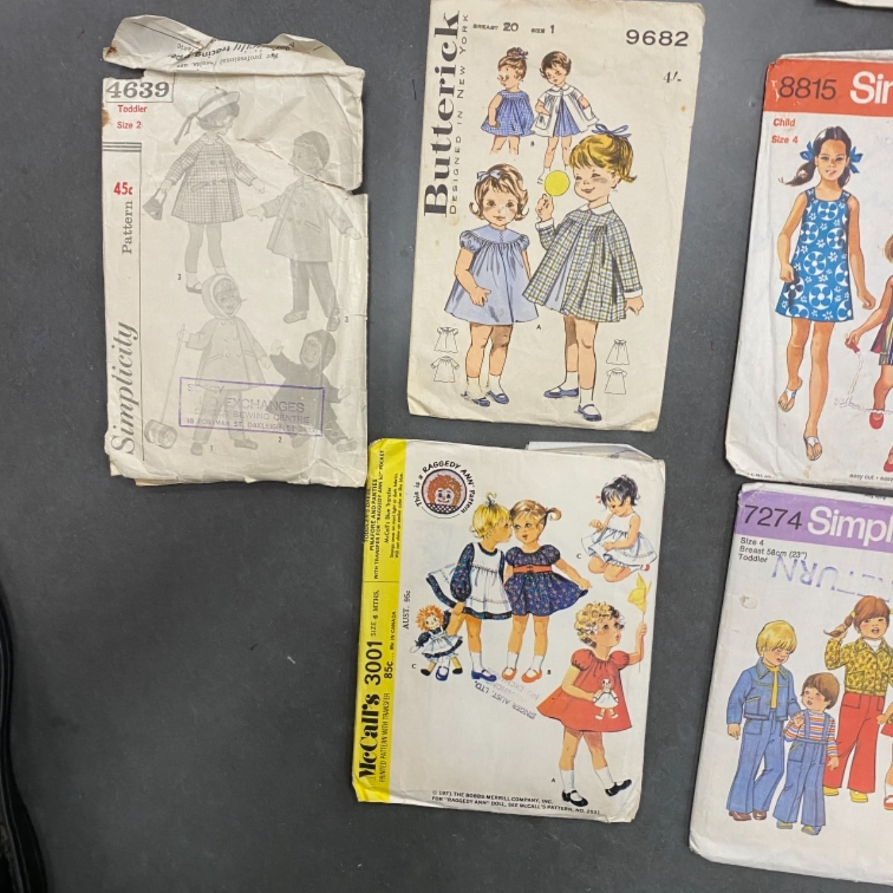 14 ASSORTED VINTAGE SEWING PATTERNS