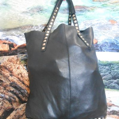 REDUCED TO CLEAR Zara Womens Black  leather bag
