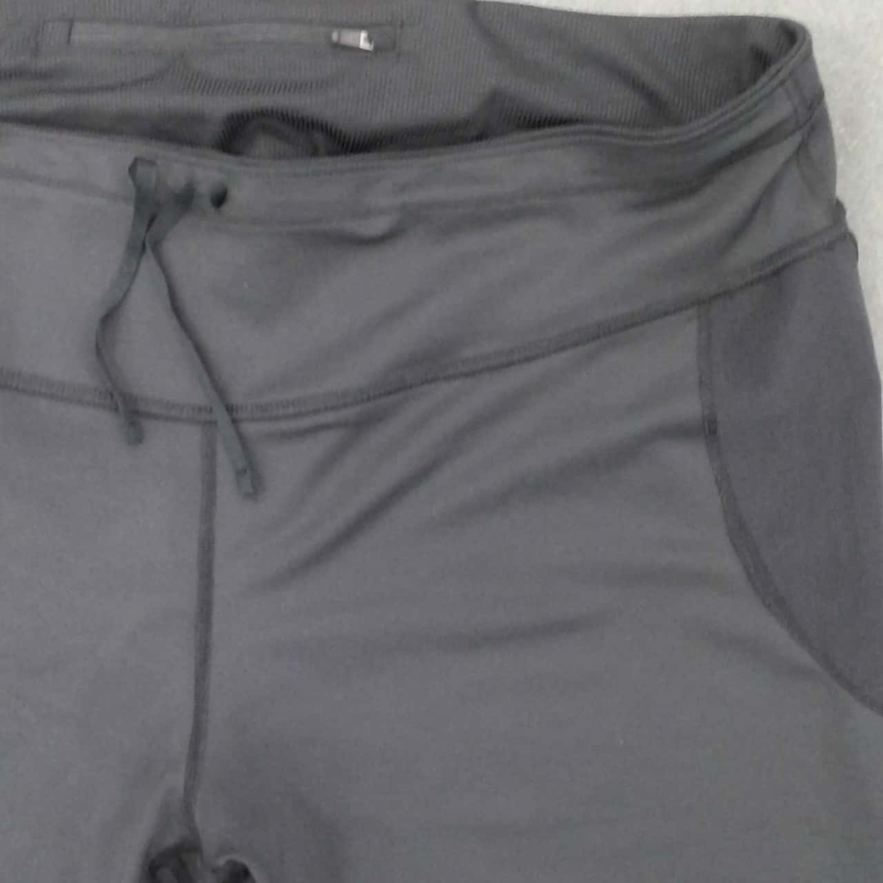 BNWT Womens  NIKE 3/4 LEG ACTIVEWEAR RUNNING PANTS Size XXXL Black