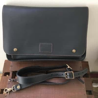 South Costs leather Mens Bag