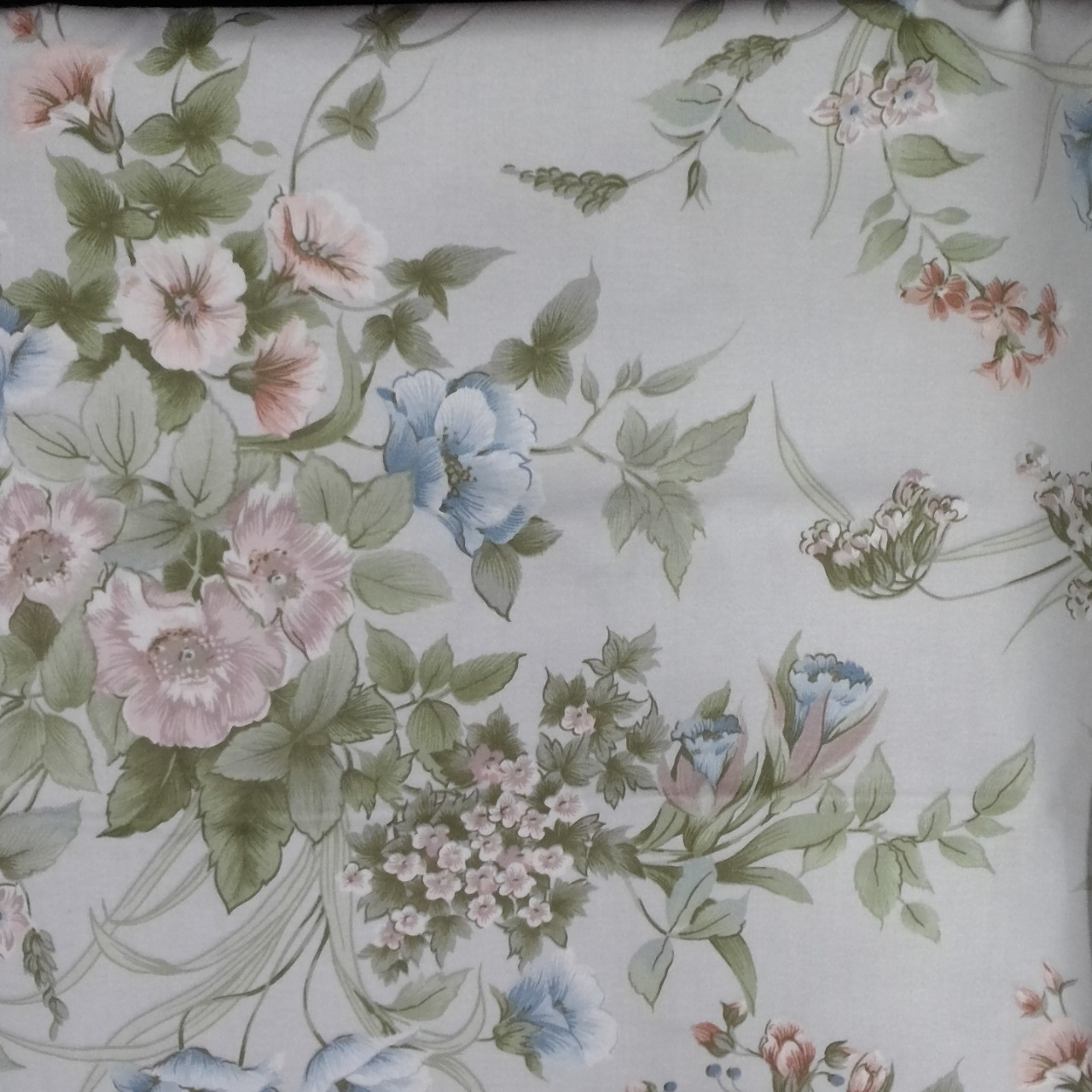 New Material Pretty Floral 'Pale Colors' Blue, Green, Pink, Grey 180 cm x 124cm