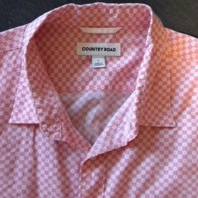NEW WITHOUT TAGS Mens  COUNTRY ROAD  Long Sleeve Shirt White/Pink  'Diamond' Pattern Size L RRP 89.95