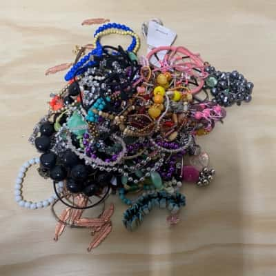 1 kg Bag Mixed Costume Jewellery/Beads
