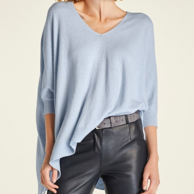 CAPTURE  Poncho Top Ice Blue Size M-L Brand New RRP $79.99