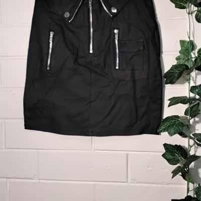 Womens  Size 12 Black  Thatssofetch Skirt