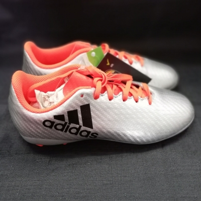 Adidas Kids Footy/Soccer Shoes Size US 2 UK 1.5 NEW