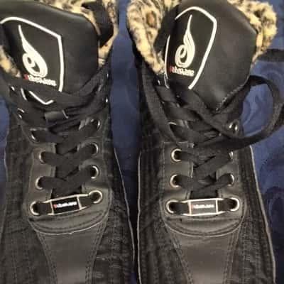Womens  Size 4 Animal print/Black  Ryderwear Shoes