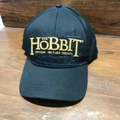 BNWT Mens THE HOBBIT Embroidered Cap Black /Gold Size 59 cm