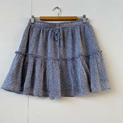 Yours Truly Womens  Size 12 Mini Floral skirt