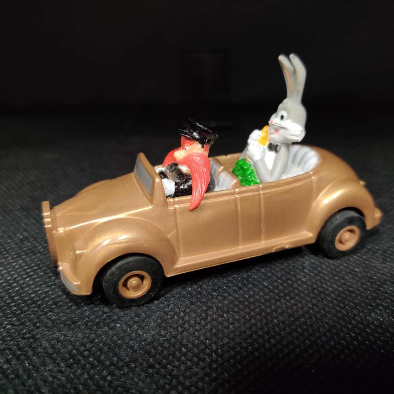Vintage 1990s Road Runner & Bugs Bunny Toys - Warner Bros