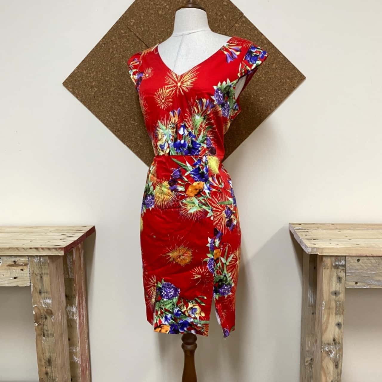 Women's  Size 14 Floral Dress By FAVOUR