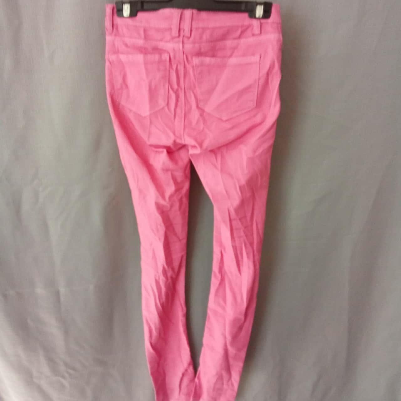 Temt Ladies Pink Jeans Size 8 UAF