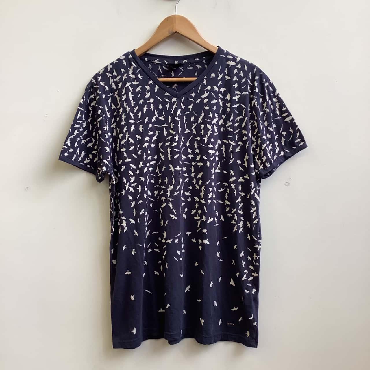 Hugo Boss Mens Size L Navy Blue Bird Print Cotton T-Shirt