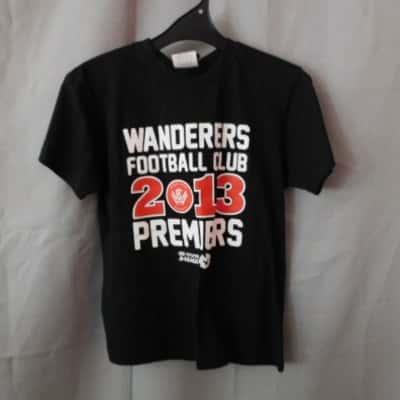 ****EOFYS**** Hyundai A-League Kids Wanderers 2013 Premiers T-Shirt Size 12 (NWT)