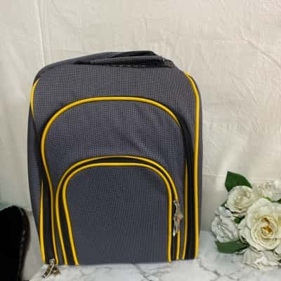 Pick Back Pack With Complete Accessories