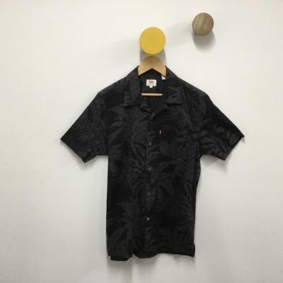 Levis Mens Size M Short Sleeve Grey Tropical Shirt
