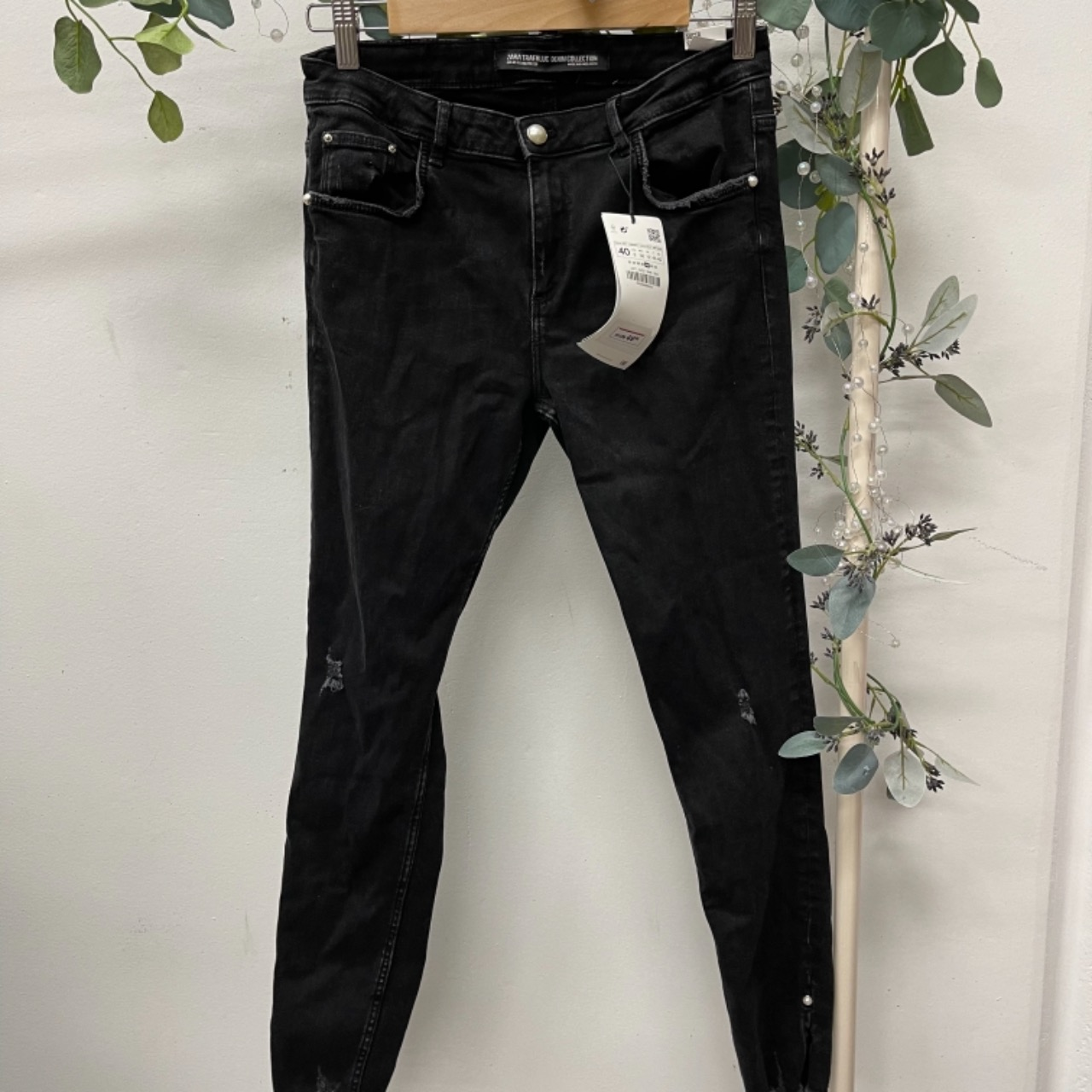 Zara Womens  Size 12 Skinny Jeans Black