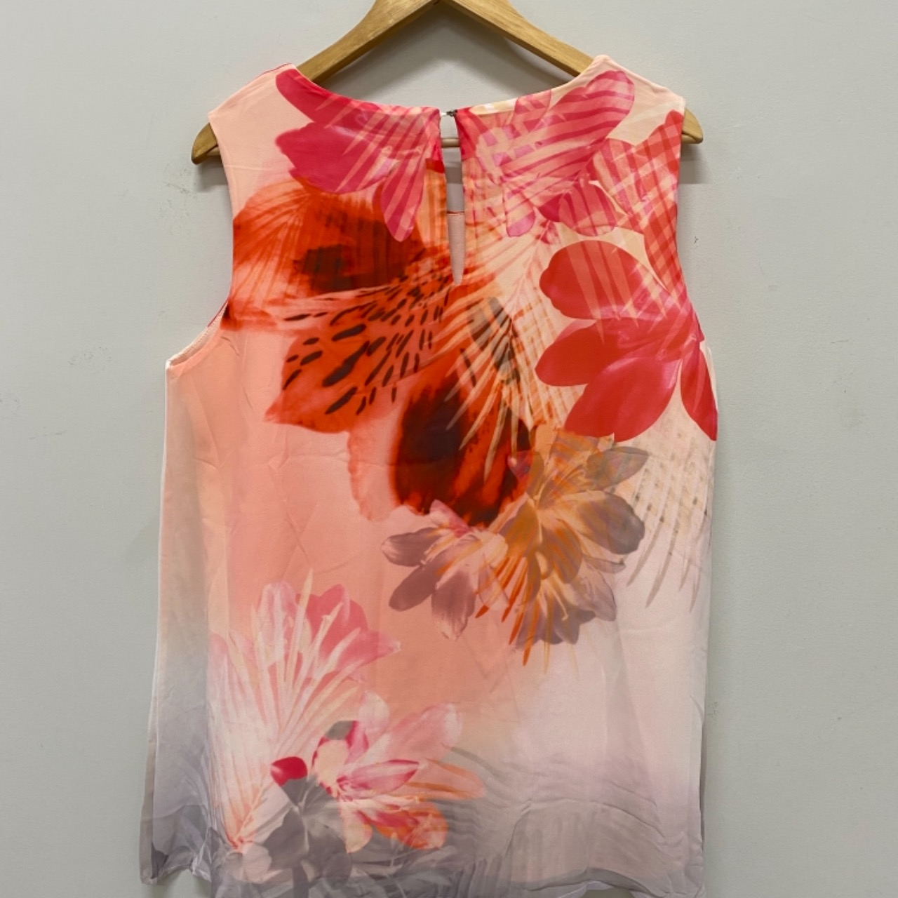 Liz Jordan Womens Floral Top Cream/Floral/Pink