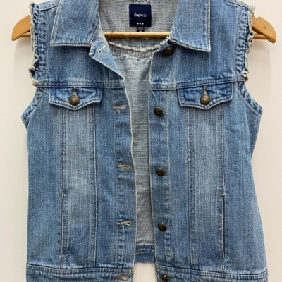 GapKids GIRLS SHORT SLEVE DENIM JACKET Size 16/14 Tops & T-shirts Blue