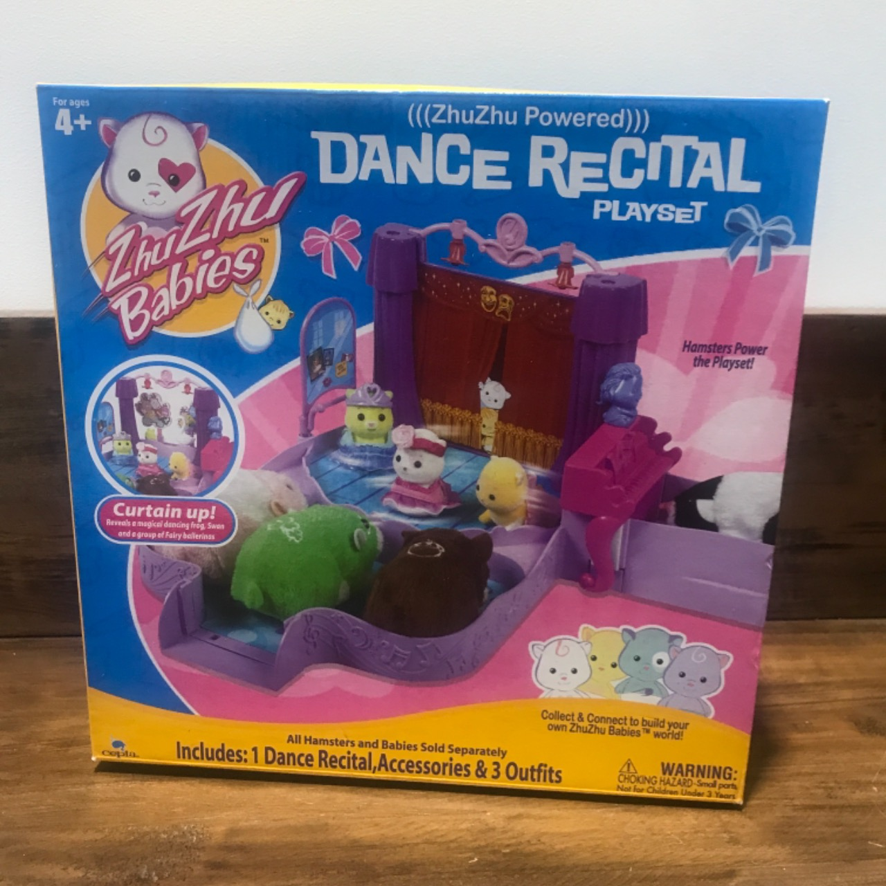 Zhu Zhu Pets Baby Activity Playset - Dance Recital Zhu Zhu Babies NIB