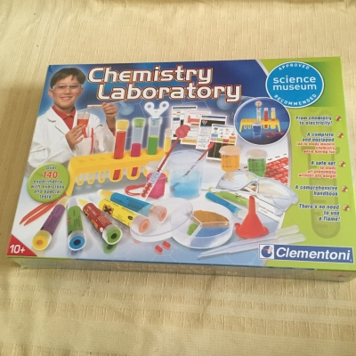 Chemistry Laboratory Science Museum - Experiment Activity Age 10+ years