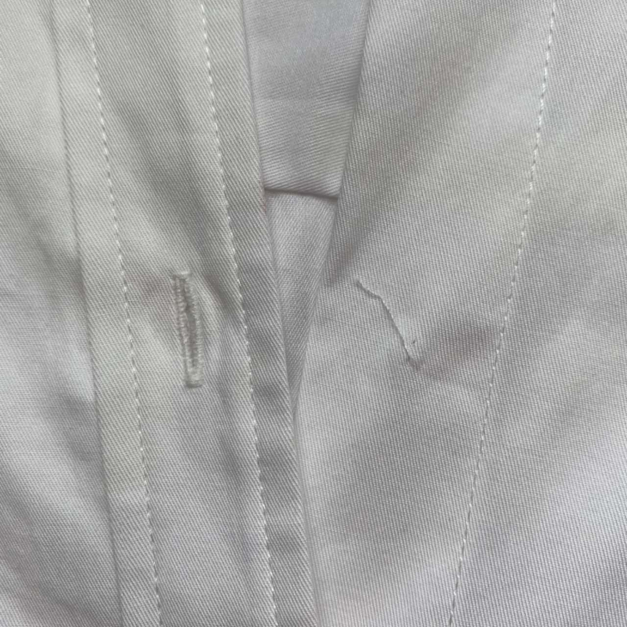 ** REDUCED ** Sussan Women's Size 8 White Long Sleeve Shirt - New With Tags