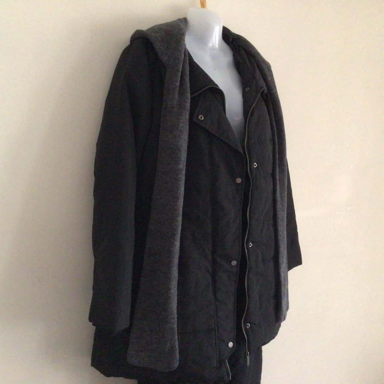 Womens Black Winter Jacket Hooded with Attached Scarf  Size 6/8