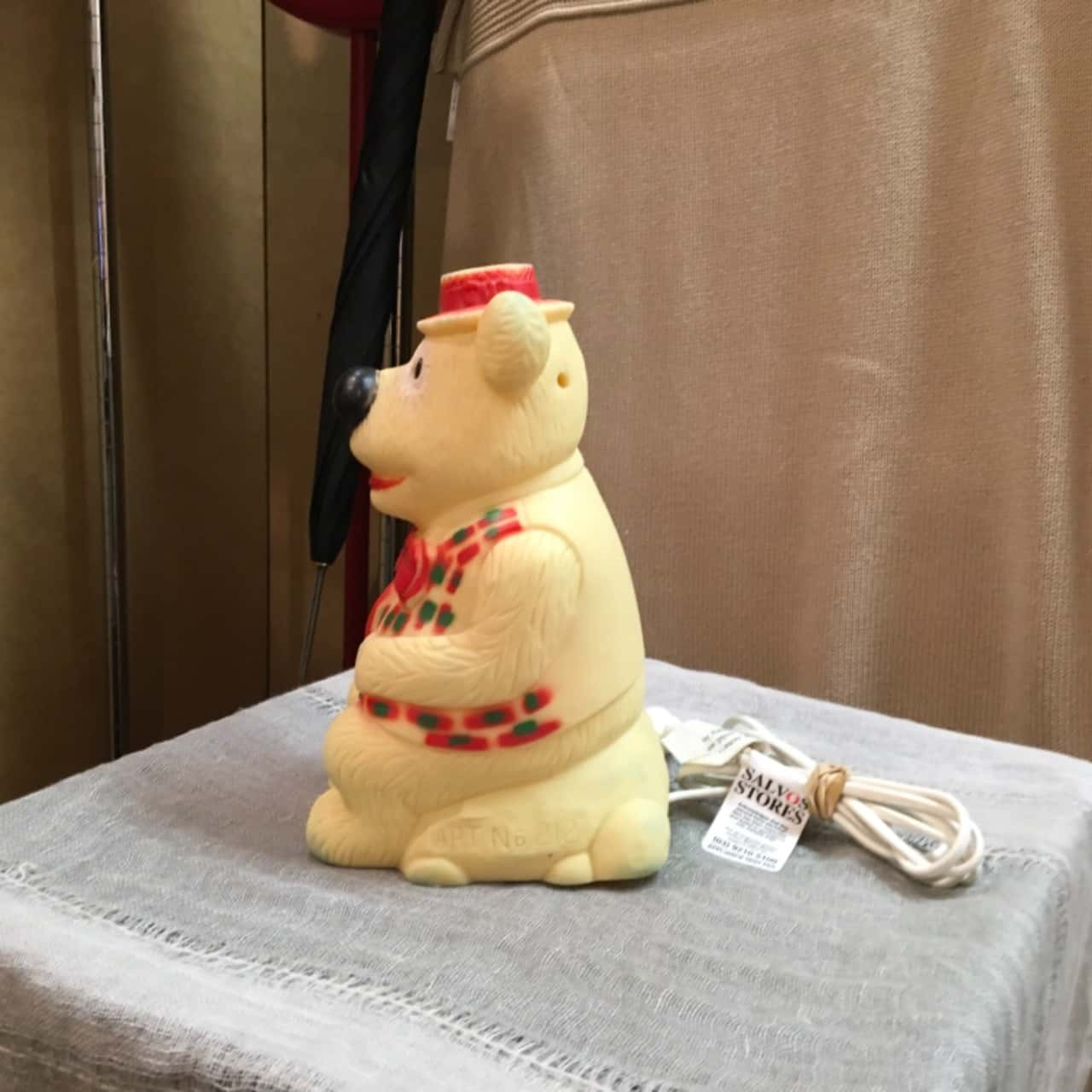 Vintage Humphrey B Bear lamp