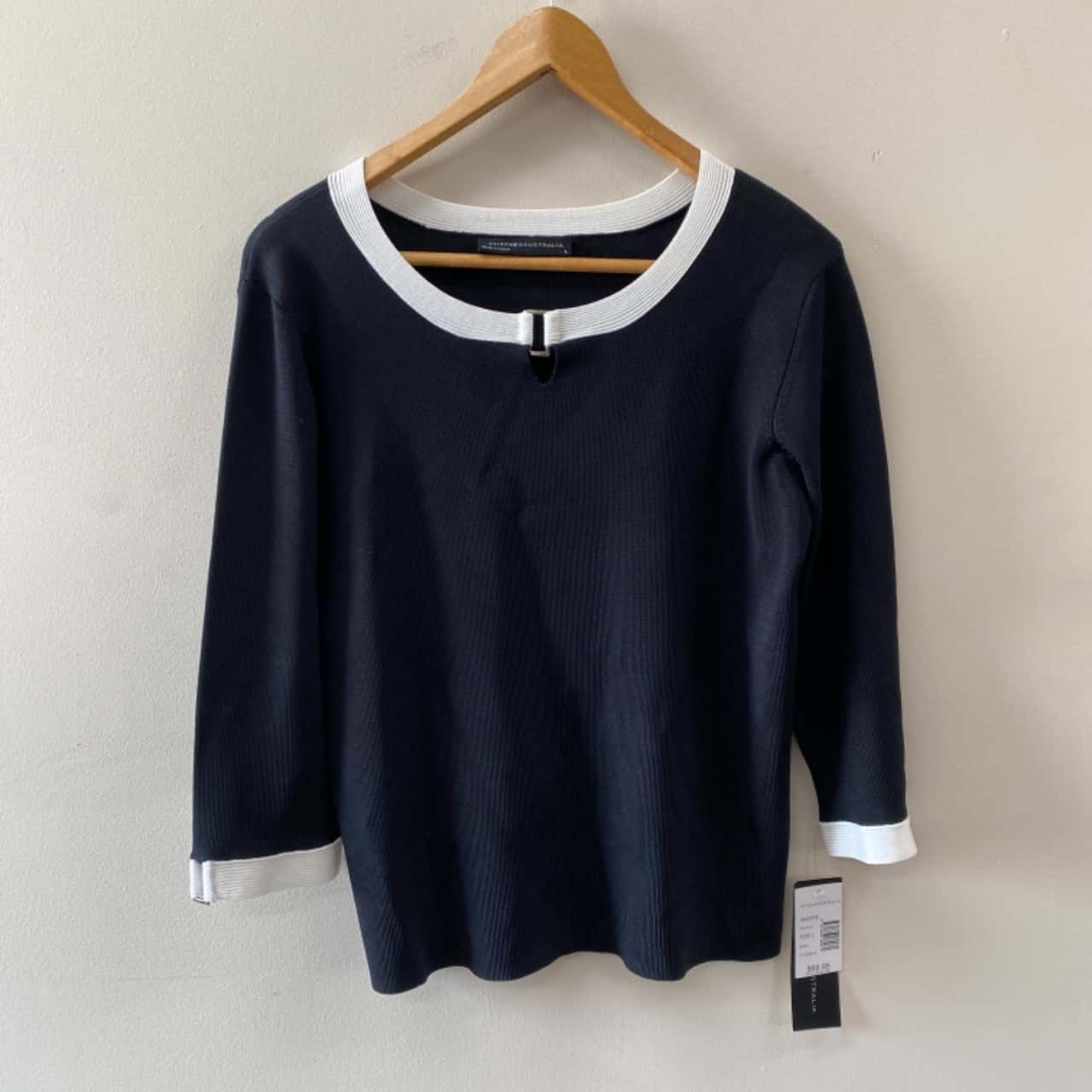 Stitches Australia Women's Size L Black Long Sleeve Top-New With Tags