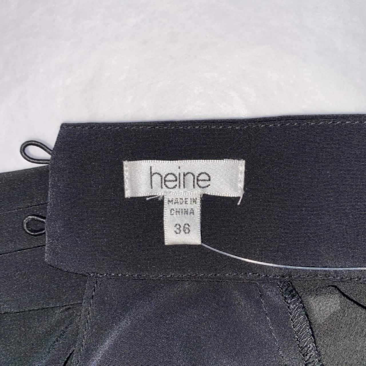 ** REDUCED LAST CHANCE ** Heine Women's Size 36 (Size 8)Black Long Sleeve Top - New With Tags