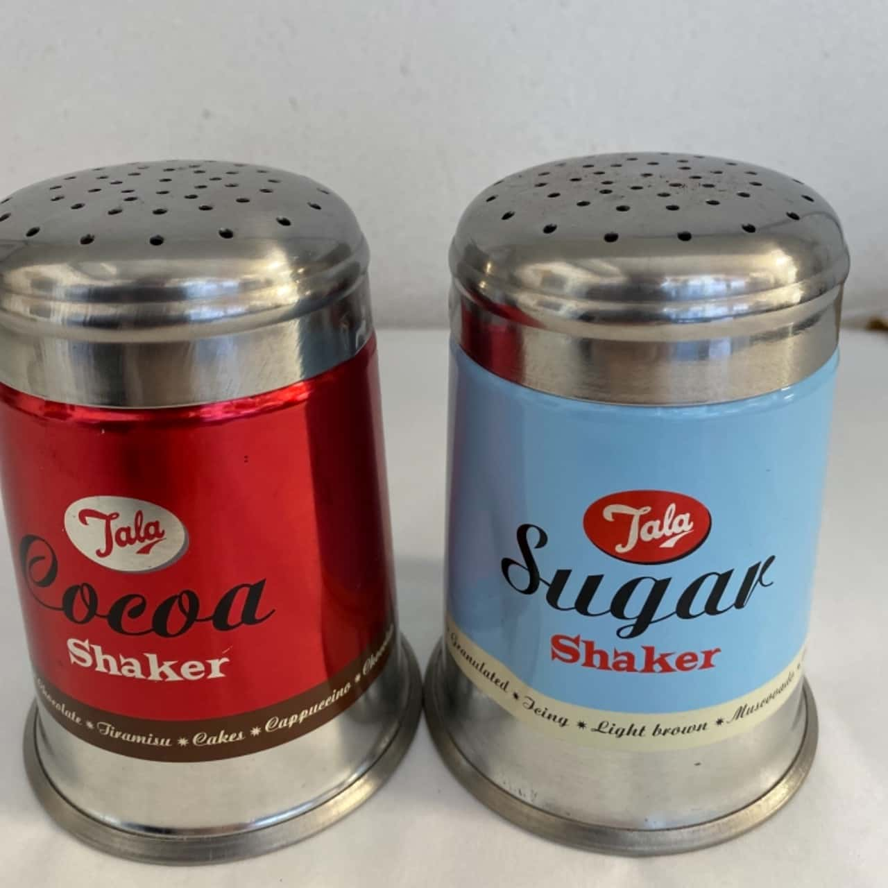 Vintage style shakers