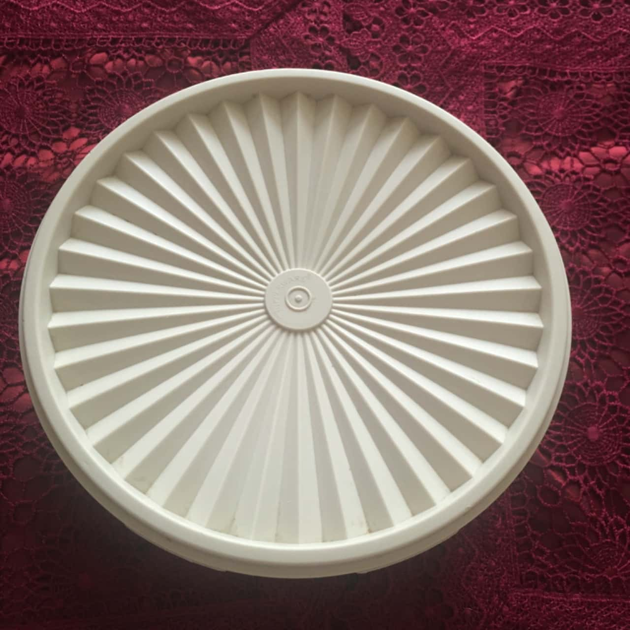 Vintage Tupperware Round Storage Container with Fan Lid, Ivory