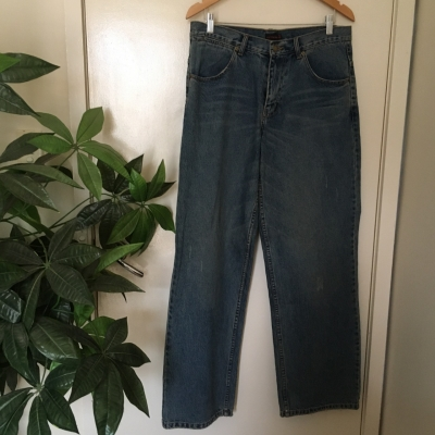 Synthesis Mens  Size 34 Relaxed Fit Blue Jeans BNWT