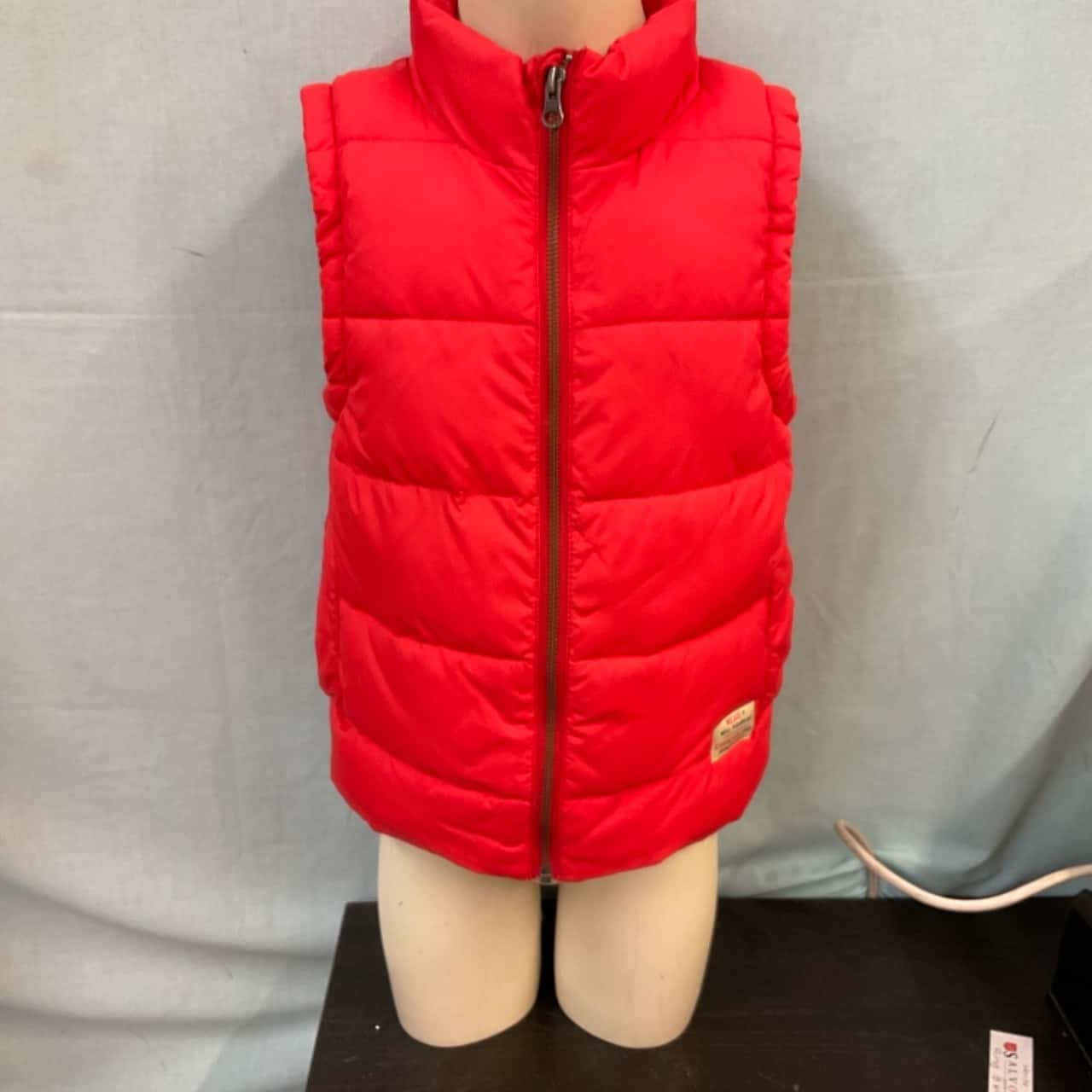 Country Road Kids Puffer Vest  Size 6 Red