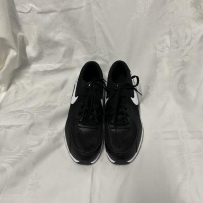 Nike Men's Air Max  Size 6 Black /White