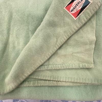 VINTAGE WAVERLY BRAND WOOLEN BLANKET Green 112 cm x 160 cm