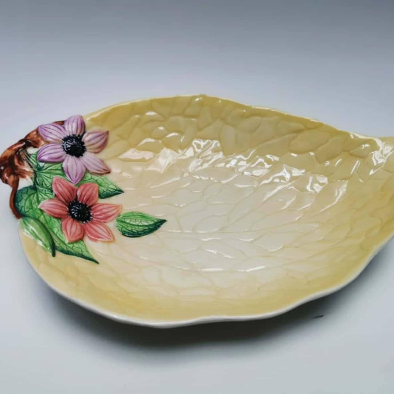 Carlton Ware Yellow Leaf Bowl