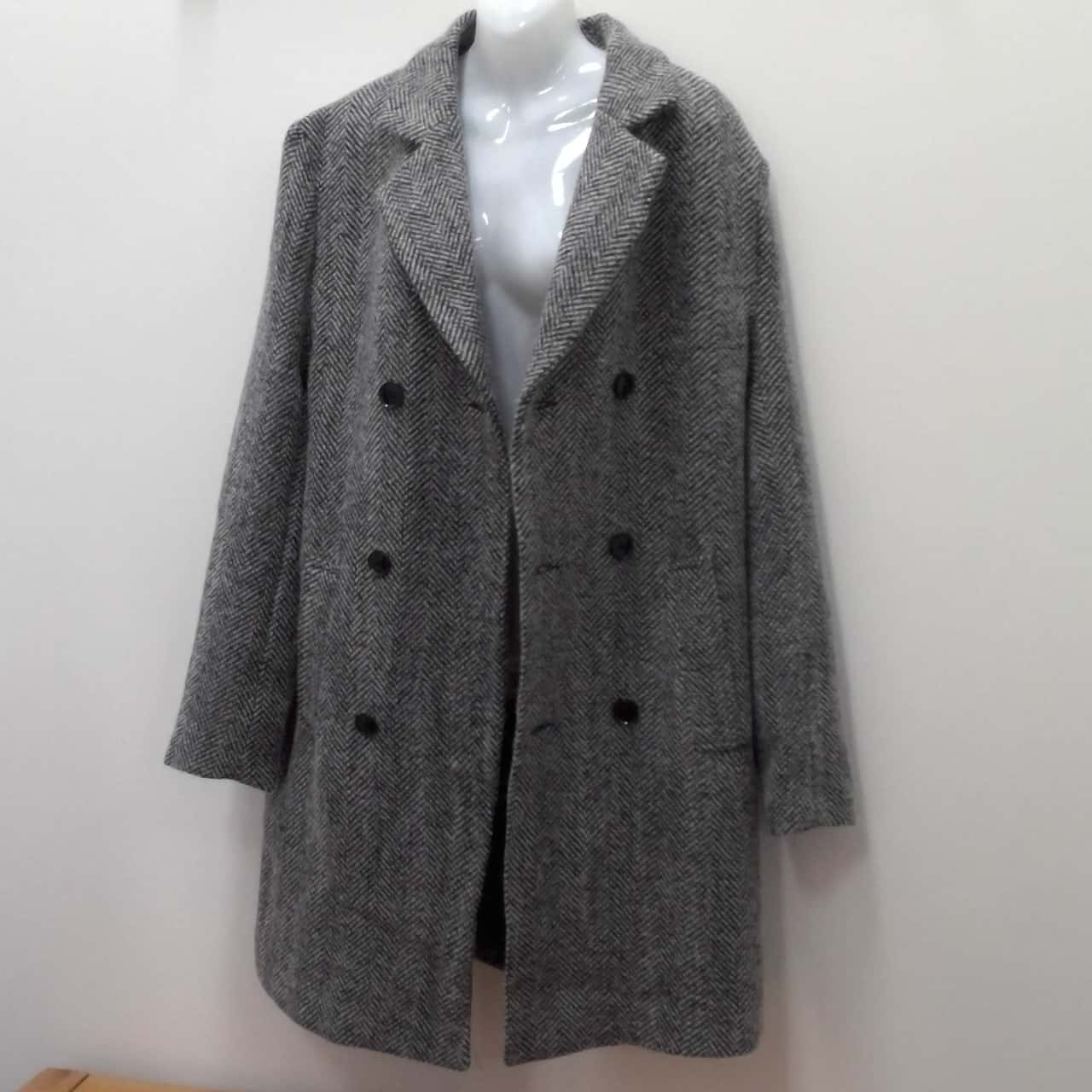 BNWT Mens  BOO HOO MAN DOUBLE BREASTED TRENCH COAT Size S Grey/White