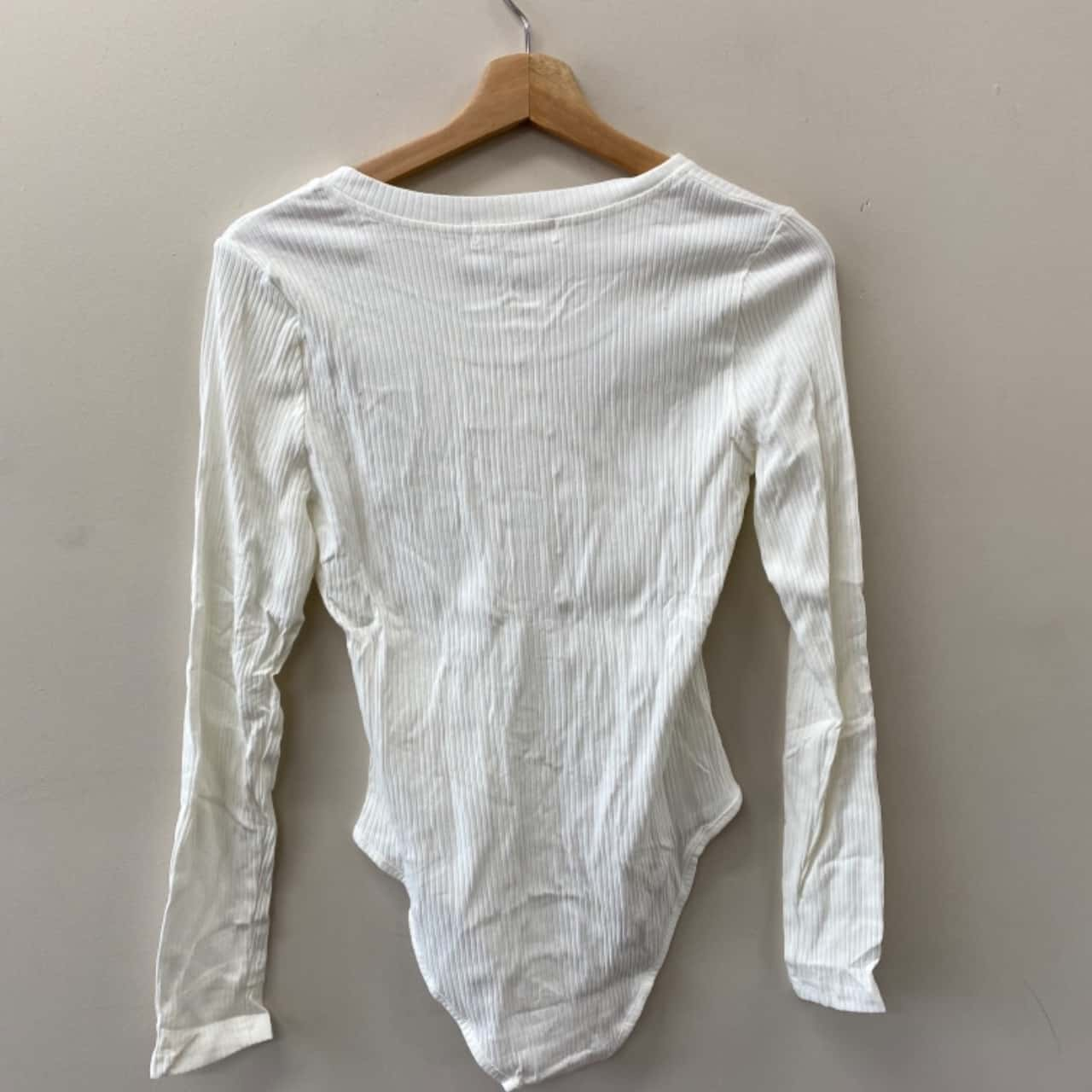 Reverse M Women's Cream 2pc Set - New With Tags
