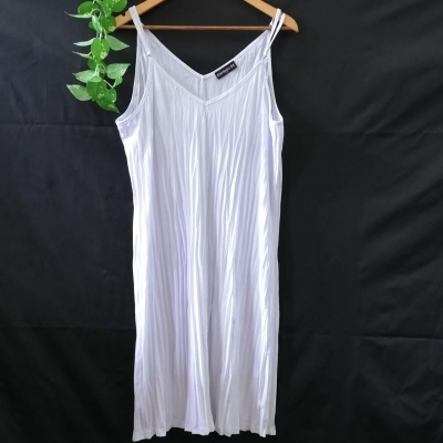 CORDELIA STREET White Slip Dress Size 18 Shoestring Strap