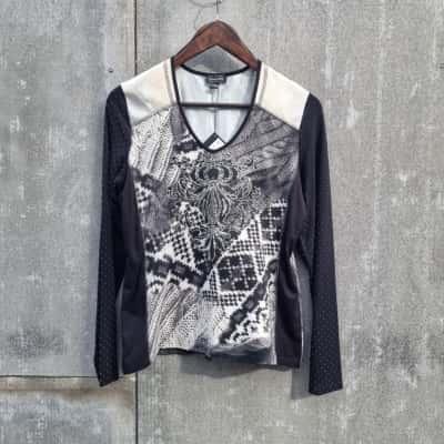 *REDUCED* Cafe' Long Sleeve Shirt BNWT - Size 40/10