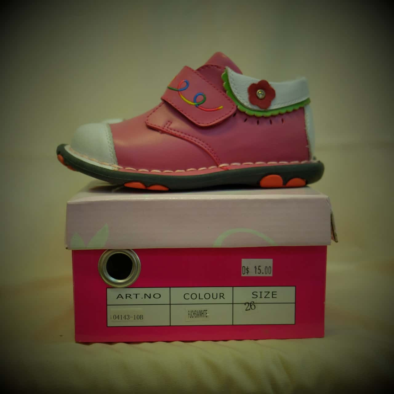 Kids Size 26 Shoes Pink